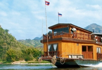 Tranquility of Northern Laos Cruising